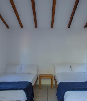 Hut-Ξενώνας